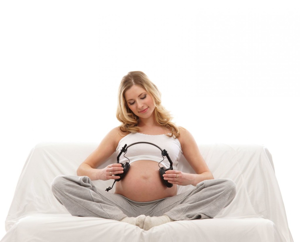 Беременная девушка фото в домашних условиях
